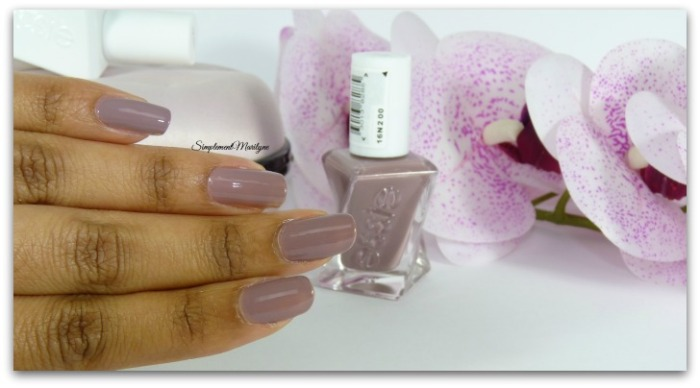 1 couche essie gel couture take me to thread essie 70 vernis to coat nailpolish avis revue sephora simplement marilyne