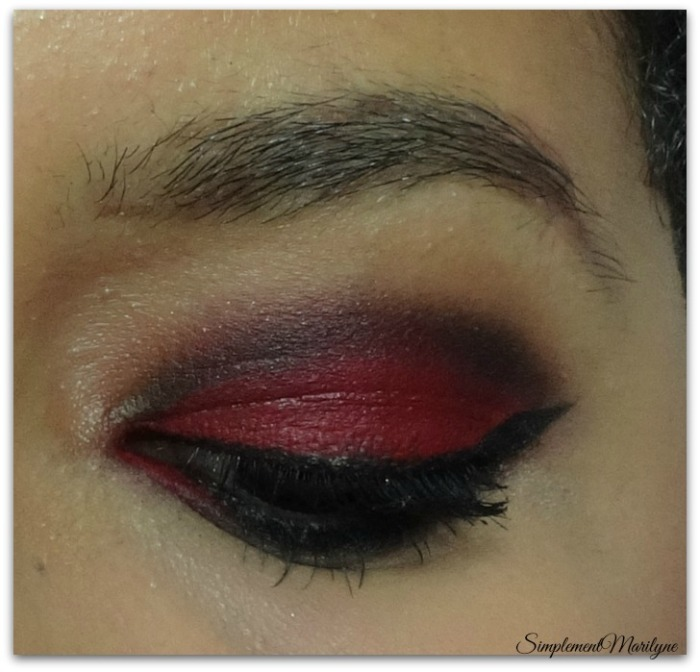 Simplement Marilyne maquillage rouge msc monday shadow challenge noir liner sleek burgundy etam porte-baiser