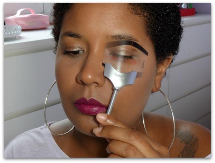 pochoirs sourcils benefit Bigger & bolder brows Accessoires et produits sourcils abracadabrow simplement marilyne
