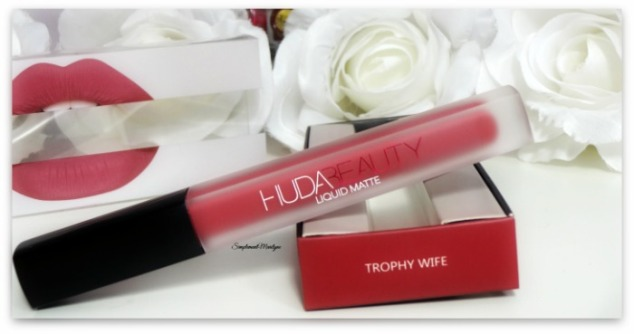 packaging huda beauty trophy wife liquid matte rouge à lèvres liquide mat swatch simplement marilyne