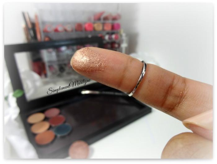 swatch makeup geek foiled grandstand eyeshadow pan z palette fard à paupière mug simplement marilyne