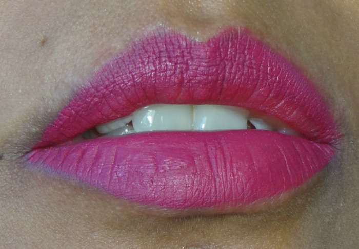 bend&snap-swatch-too-faced-melted-matte-rouge-à-lèvres-liquide-simplement-marilyne