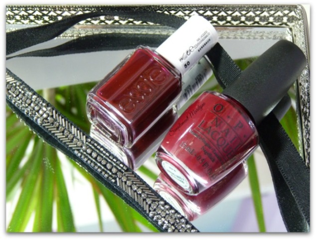 essie bordeaux opi quarter of a cent cherry nail lacquer vernis à ongles collier emme stella&dot simplement marilyne