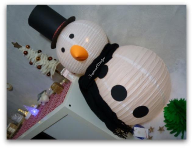 diy-bonhomme-de-neige-lanterne-papier-feuille-noire-orange-sapin-noel-decoration-homemade-lumineux-simplement-marilyne