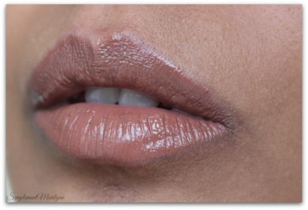 flirthuda-beauty-liquid-matte-brown-edition-Simplement-Marilyne-swatch
