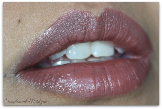 huda-beauty-liquid-matte-brown-edition-Simplement-Marilyne-spice-girl-swatch