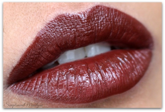 vixen-huda-beauty-liquid-matte-brown-edition-Simplement-Marilyne-swatch