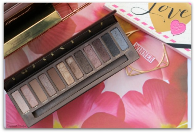 naked-1-urban-decay-ud-eyeshadow-palette-yeux-collector-collection-perfect-tag-simplement-marilyne