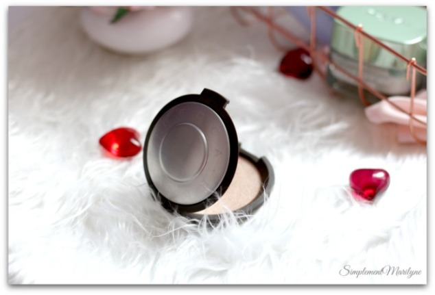 favoris-du-moment-opal-highlighter-becca-simplement-marilyne