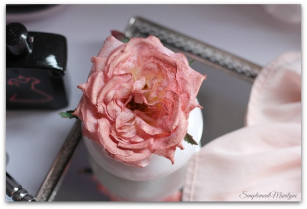 DIY-rose-highlighter-personnalisable-elf-blush-guerlain-la-petite-robe-noire-maison-du-monde-amazon-simplement-marilyne
