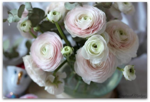 renoncules-fleurs-tasse-zip-la-belle-et-la-bête-simplement-marilyne