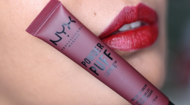 Nyx rouge à lèvres Pop Quiz Powder Puff Lippie swatch