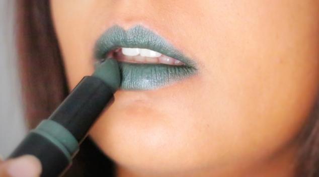 Nyx Suede matte lipstick Shake That Money